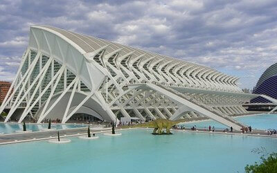 visit valencia city os arts and sciences
