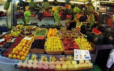 fruits valencia market