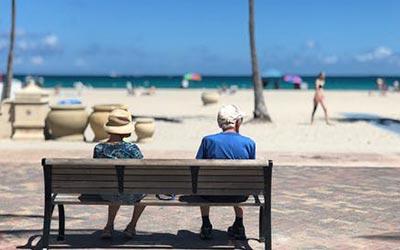 valencia beach retiring
